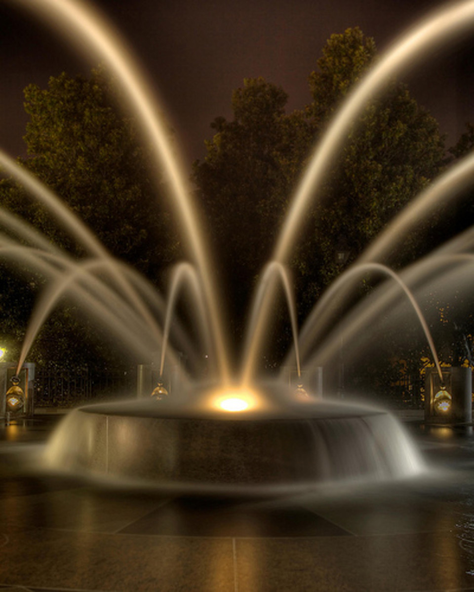 Fountain at Waterfront Park