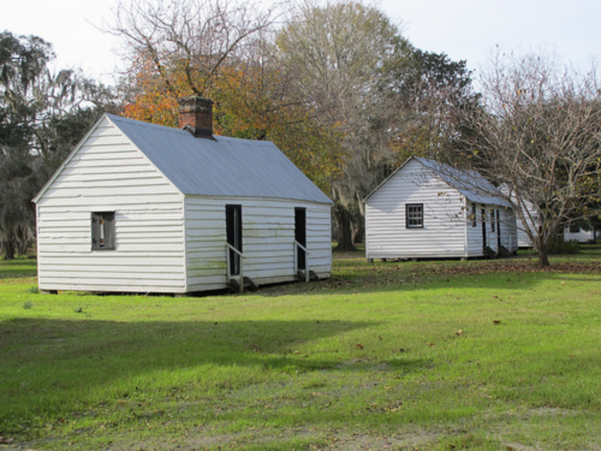 Slave cabins at Magnolia