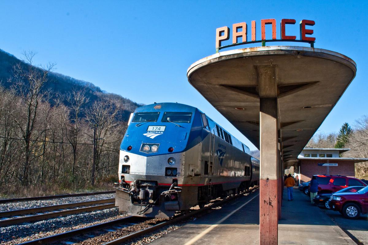Amtrak's The Cardinal - Prince, WV