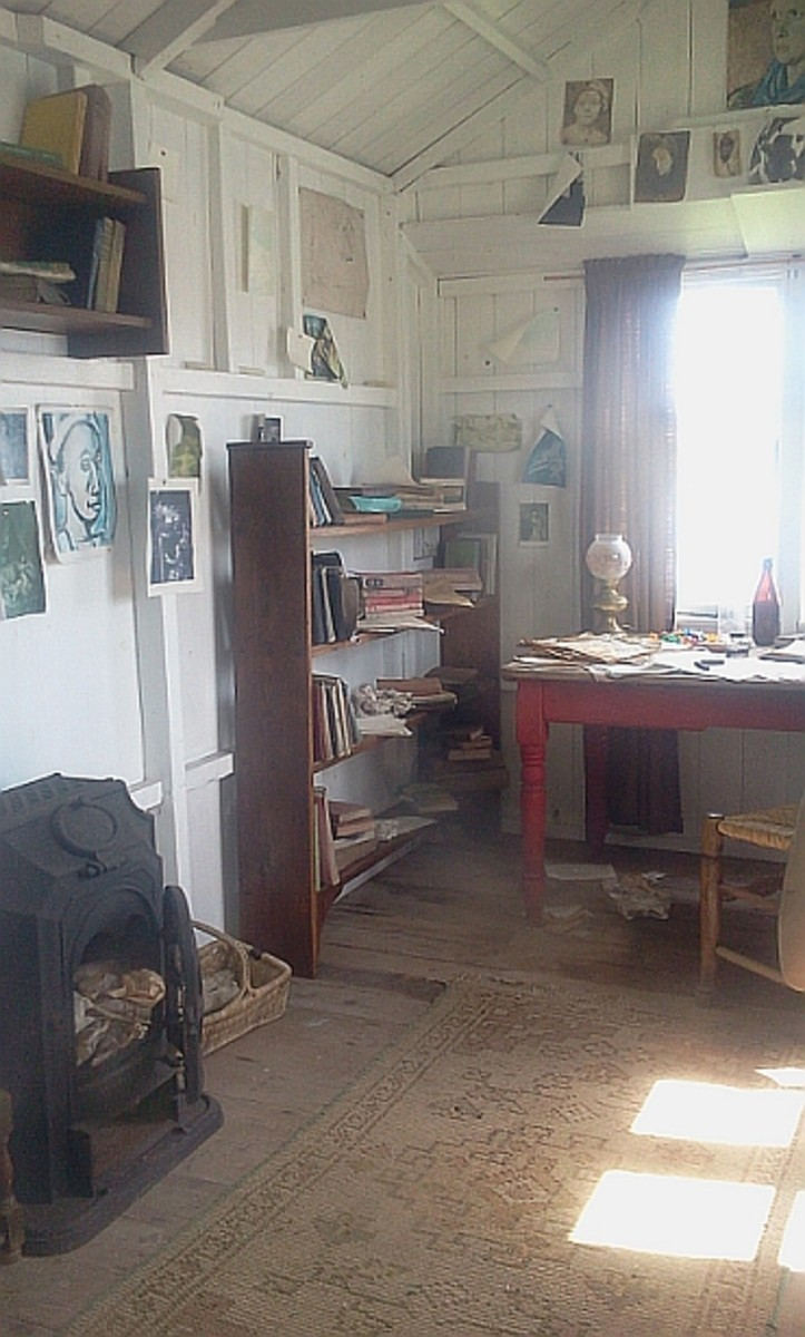 'Writing Shed' Interior
