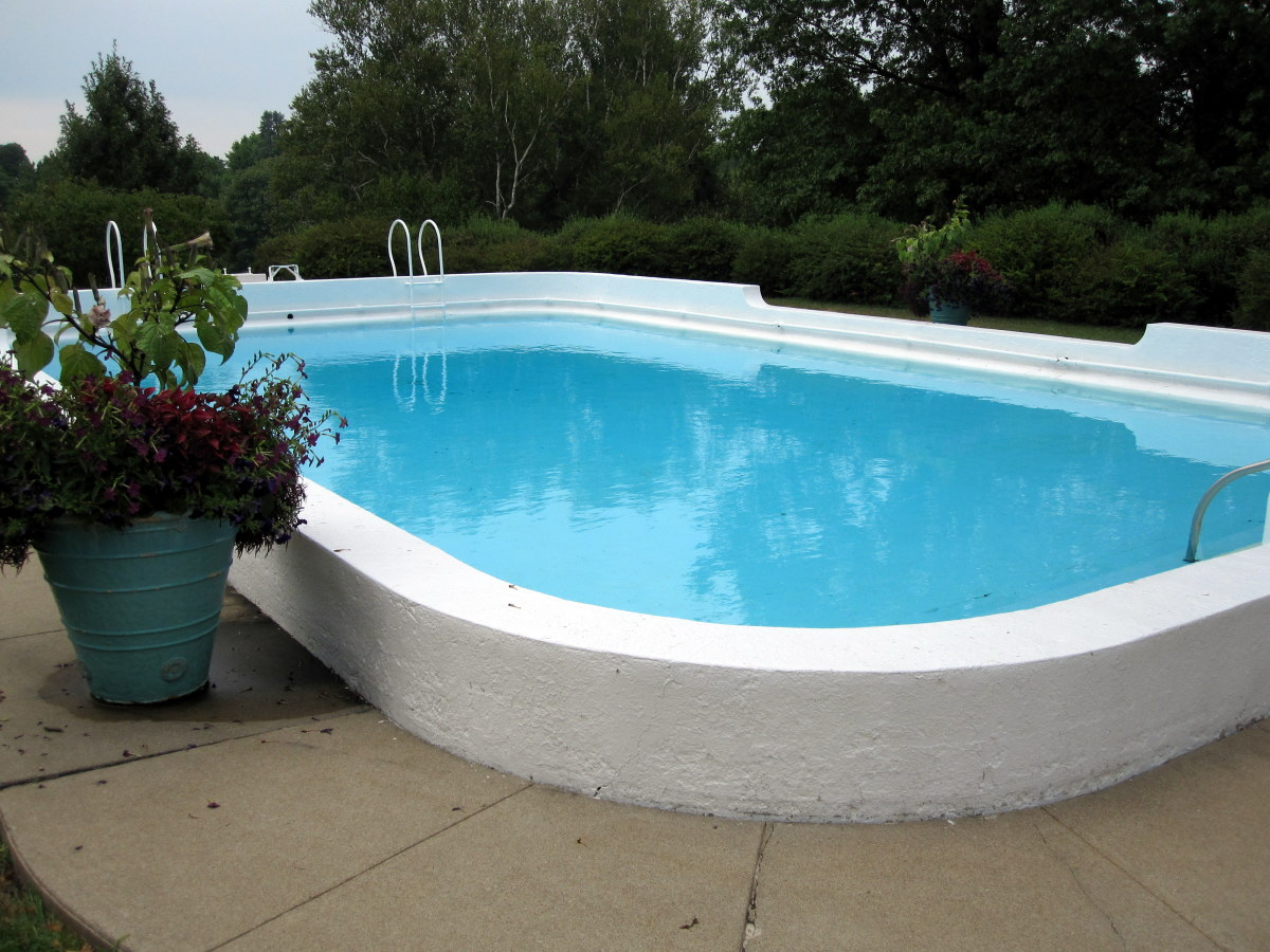 Irene Douglas installed this Art Moderne swimming pool in 1927 after George's death.