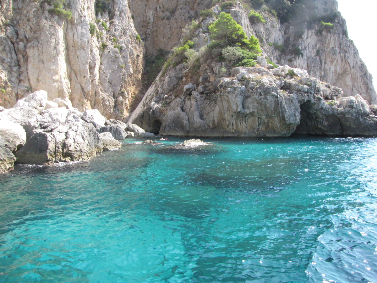 The beautiful turquoise waters of Capri.