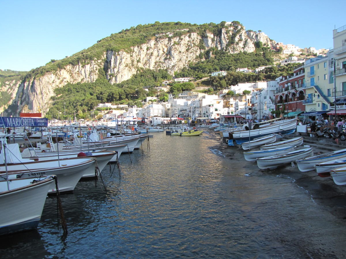 The marina on Capri