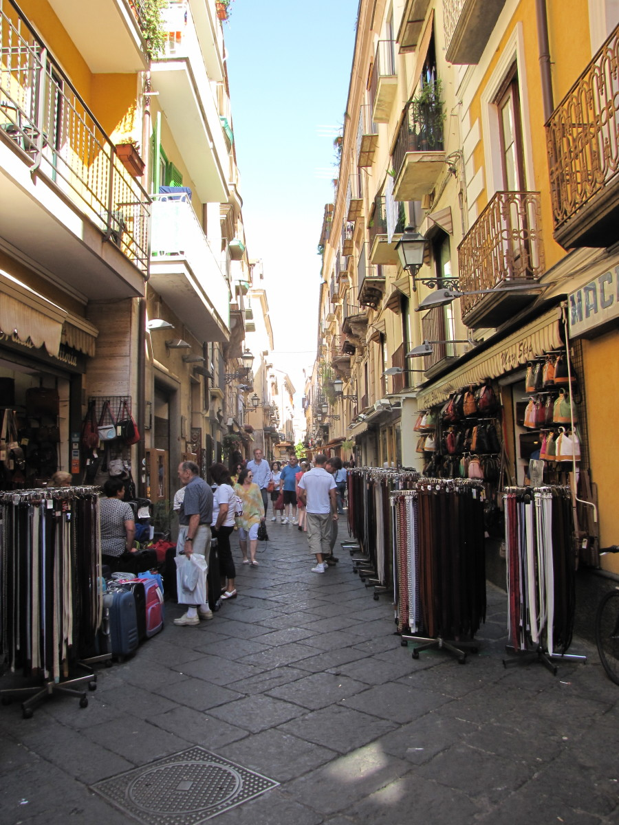 The narrow alleyways of old Sorrento.