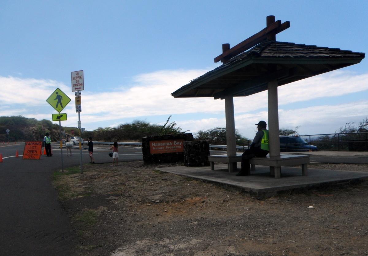 Entrance to Hanauma Bay