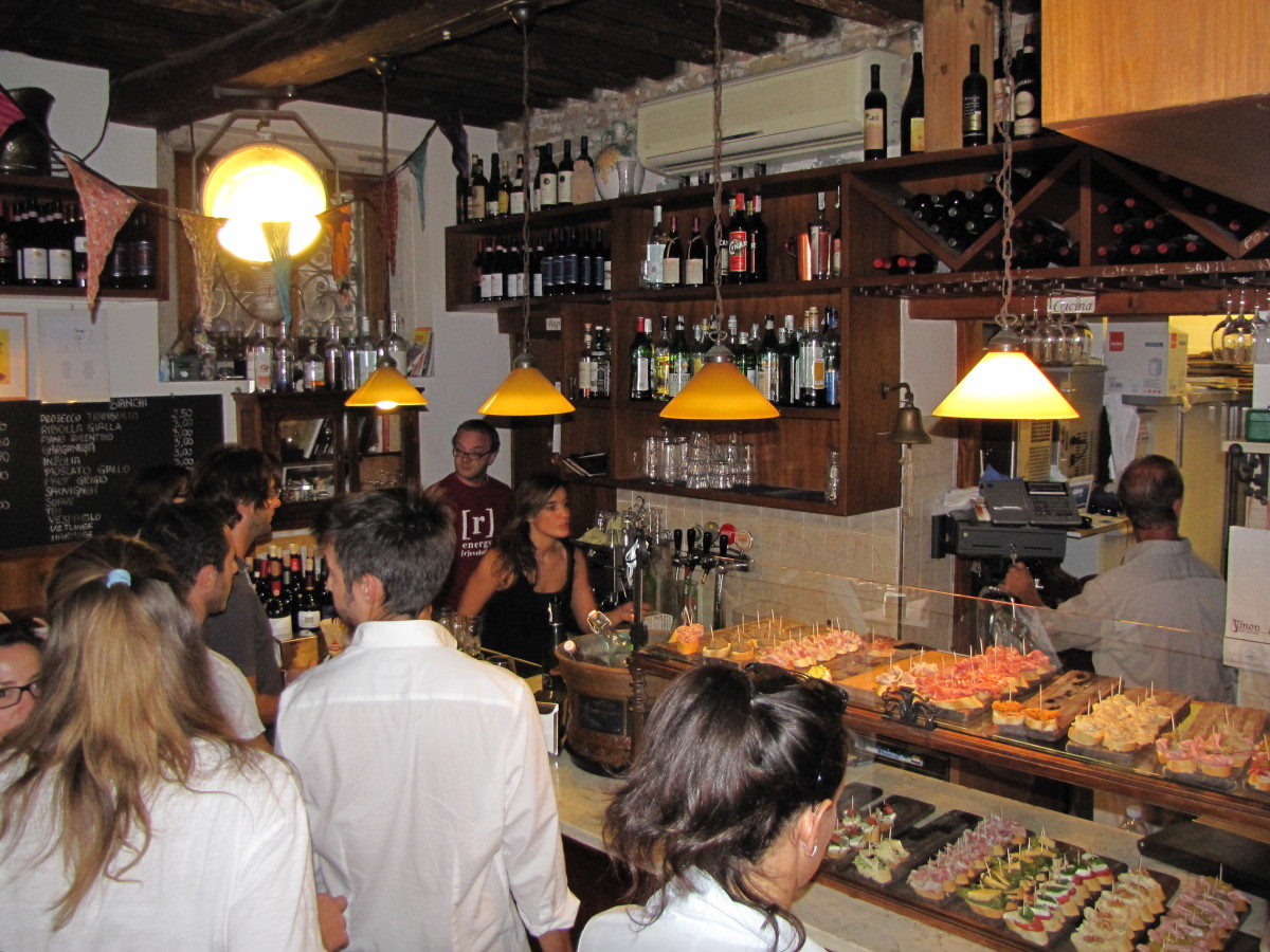 Cicchetti Tour, one of the local pubs.