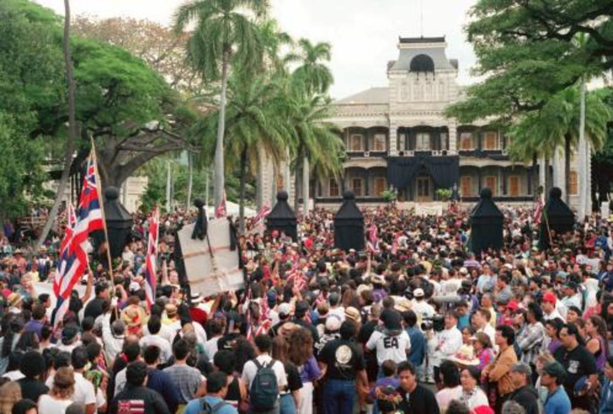 1993 protest in front of 'Iolani Palace on the 100th anniversary of the overthrow