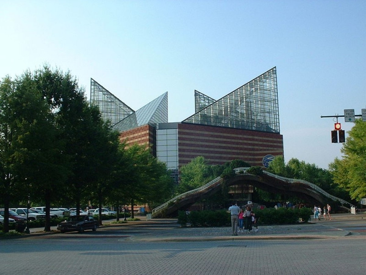 The River Journey building of the Tennessee Aquarium.