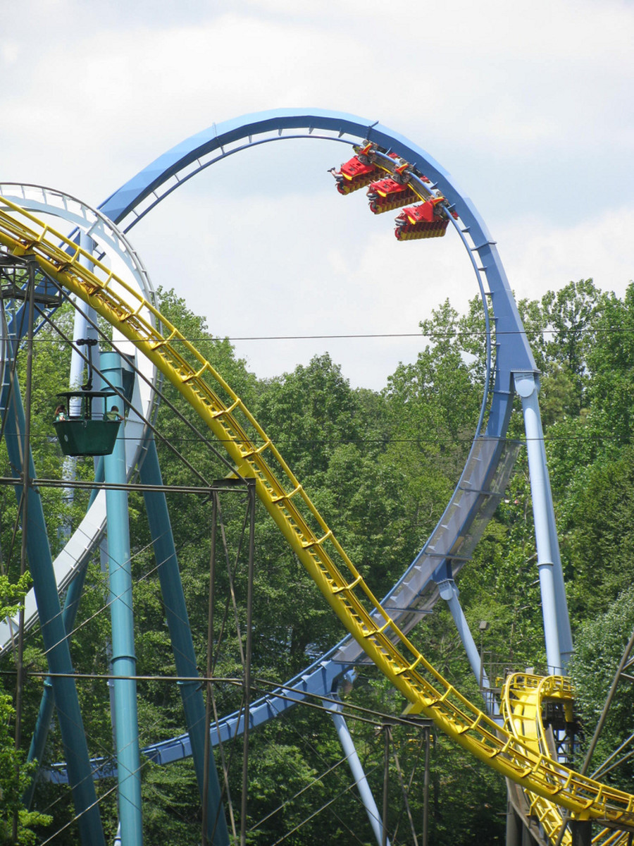 Griffon is the first dive coaster to have two Immelmann loops, both very large.