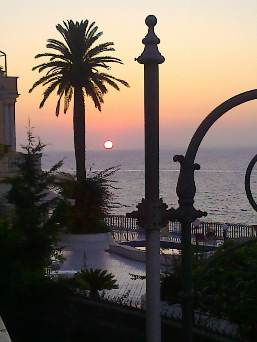 Watching the sun sink into the Bay of Naples on the Foreigners' Club terrace