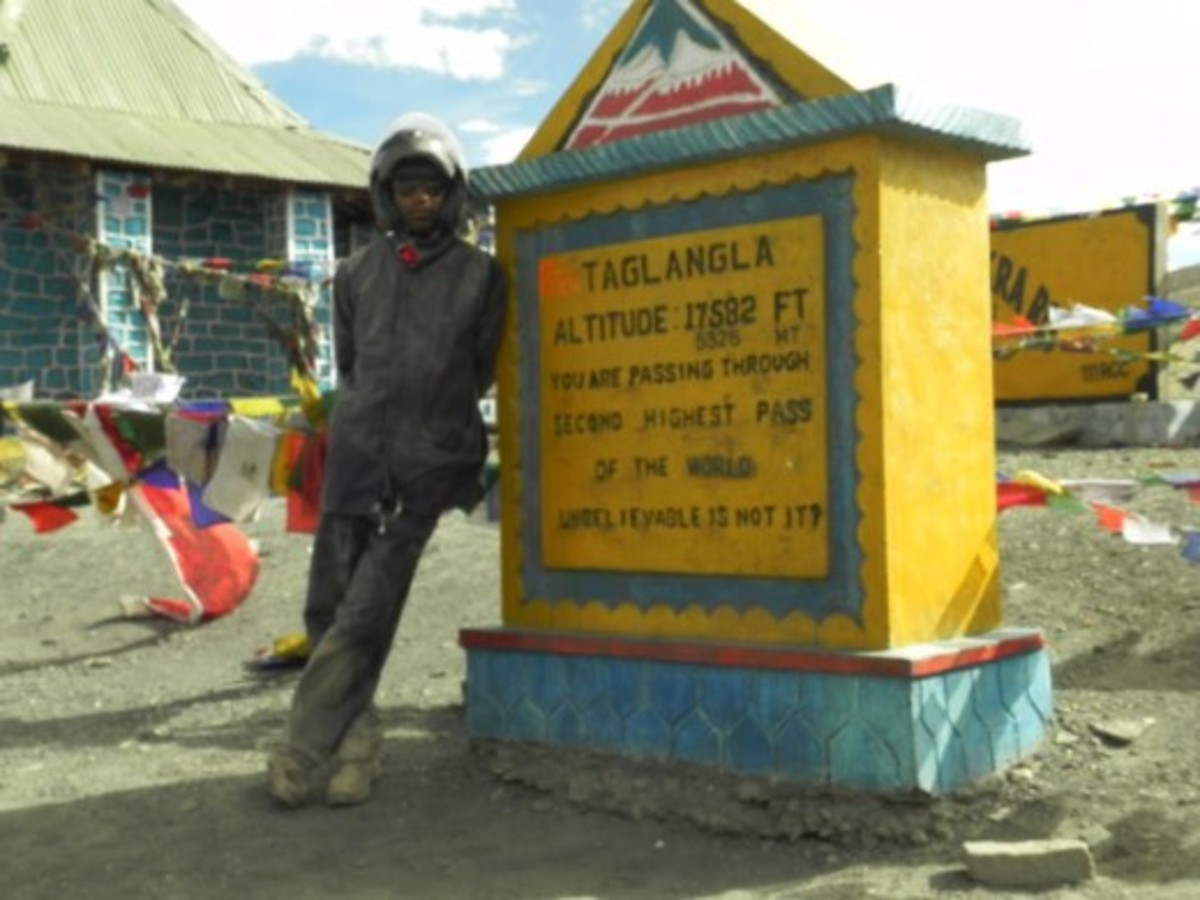At Taglang La (17,480 feet) is the third highest mountain pass in Ladakh after Khardung La and Chang La but the road sign at the top claims otherwise