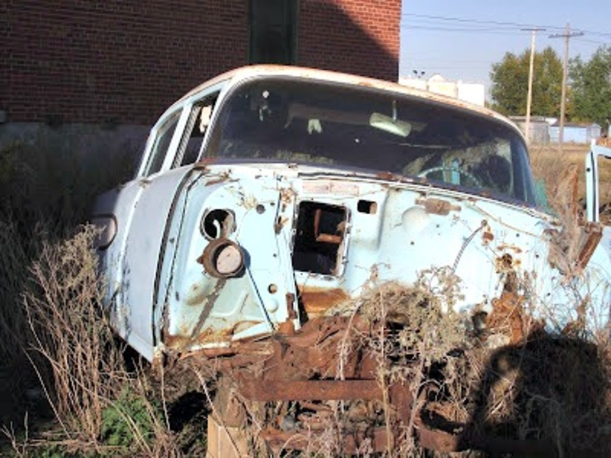 Melville, Saskatchewan, has the most amazing old car graveyard. We took photo after photo of junky old cars until the train whistle sounded about 20 minutes later. One couple was left behind. They had to catch up to the train in a taxi. Don't do that