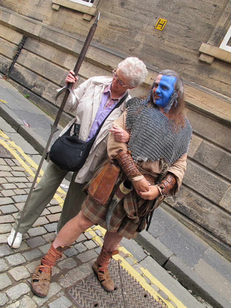 "A tourist meets ""William Wallace"", who by the way, probably looked nothing like Mel Gibson."