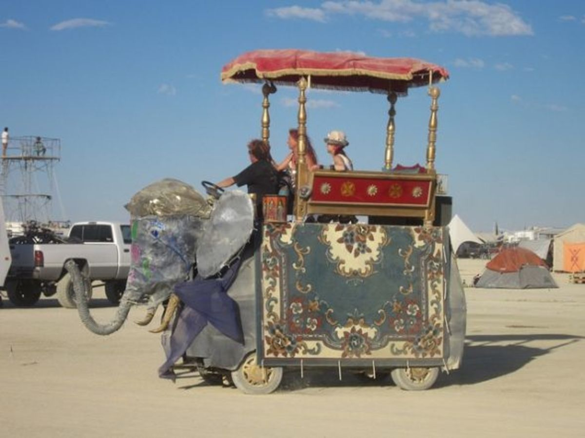 BM Elephant Caravan Art car
