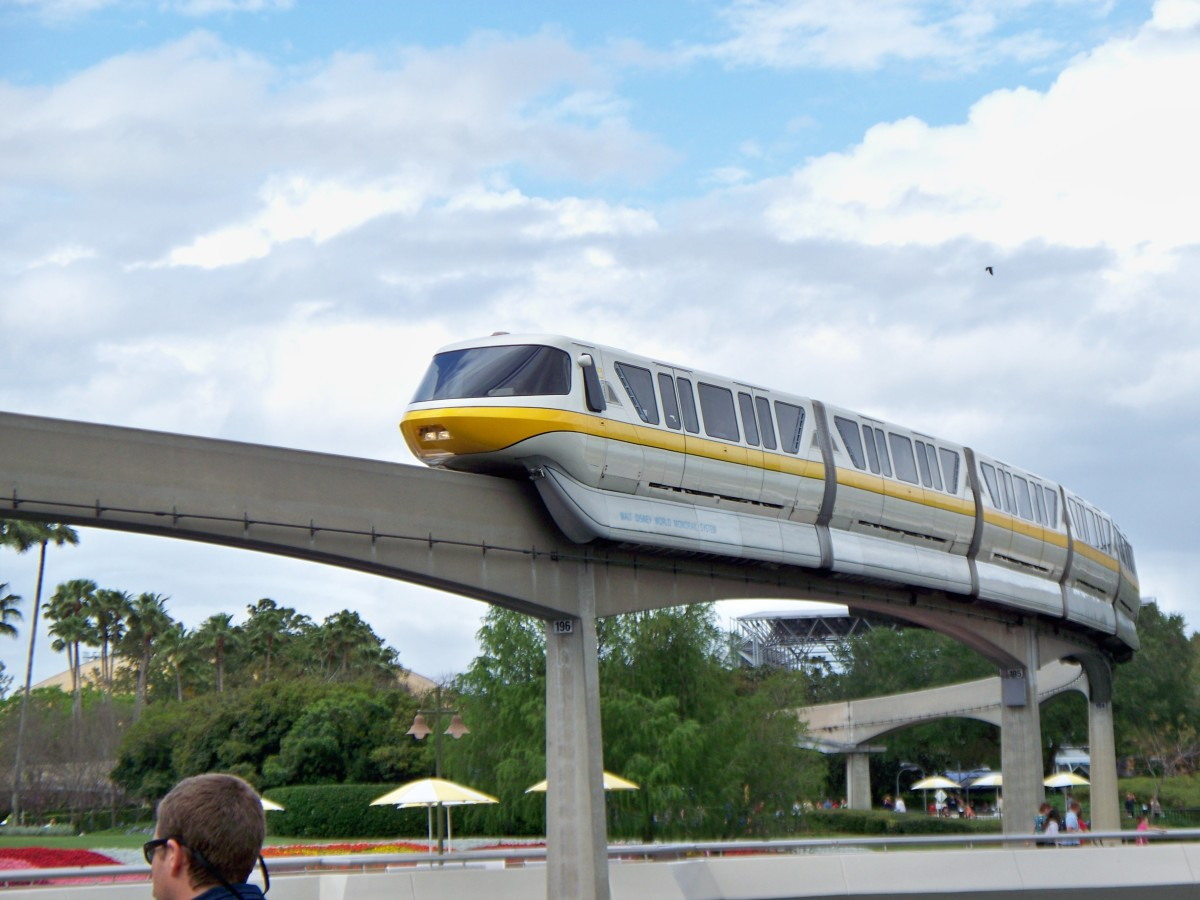 Monorail @ Walt Disney World's Epcot Center