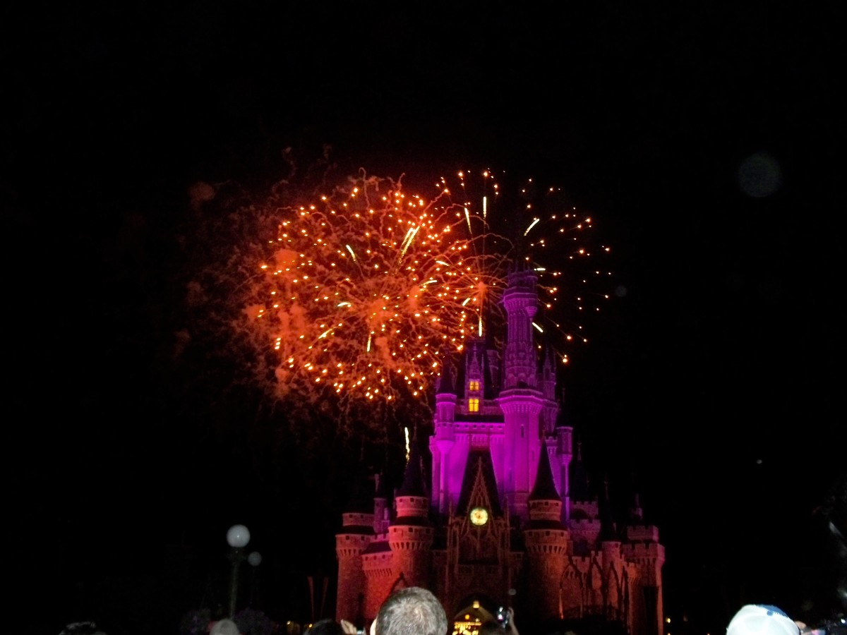 Magic Kingdom's WIshes Nighttime Spectacular Fireworks Show