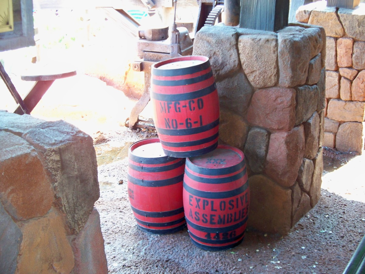 Big Thunder Mountain Railroad - TNT Barrels