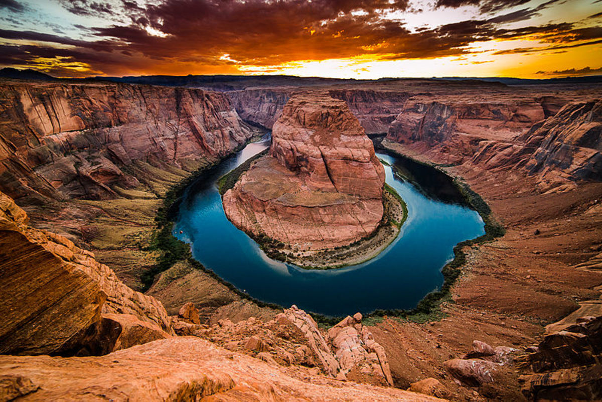 Horseshoe Bend at  8 PM