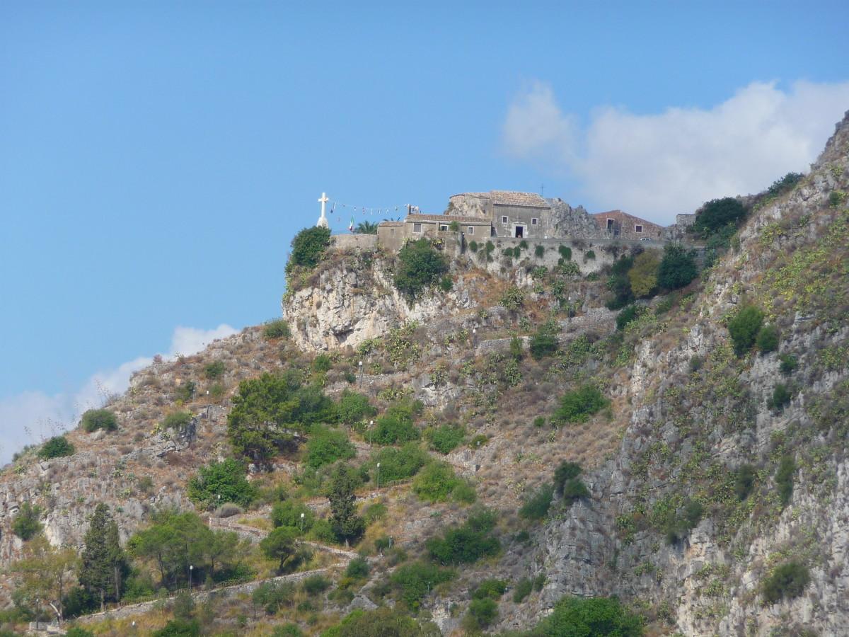 Madonna della Rocca