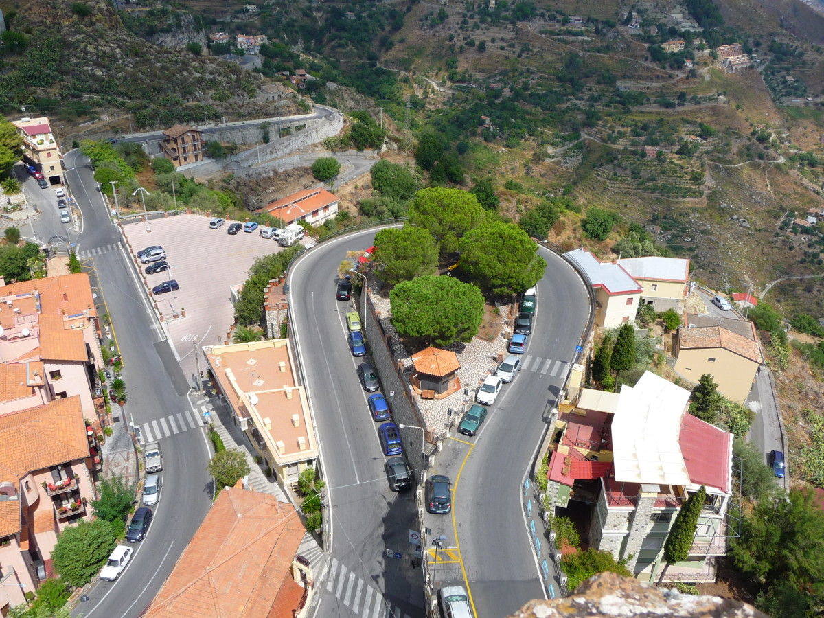 The road to Castelmola.