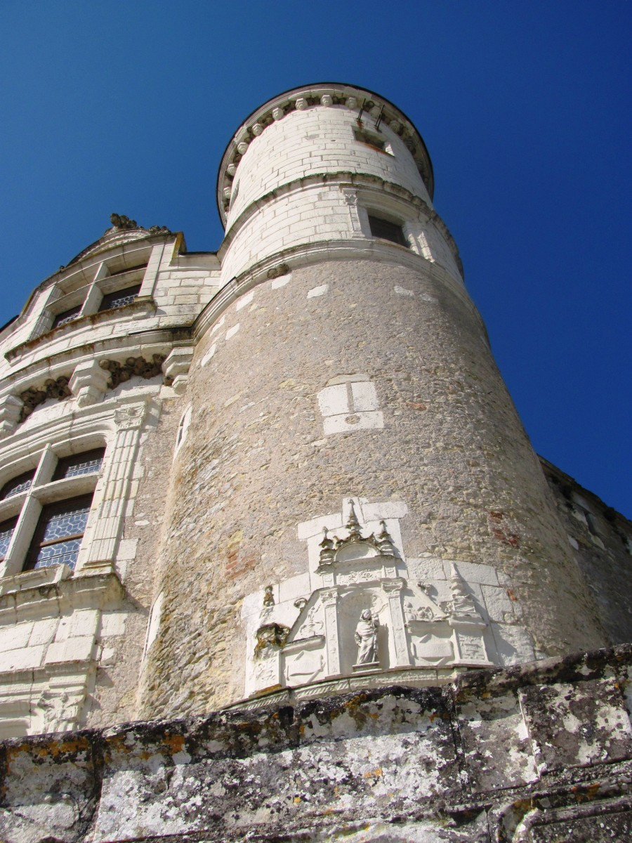 Chenonceau was burned in 1412 to punish its owner, Jean Marques, for an act of sedition.