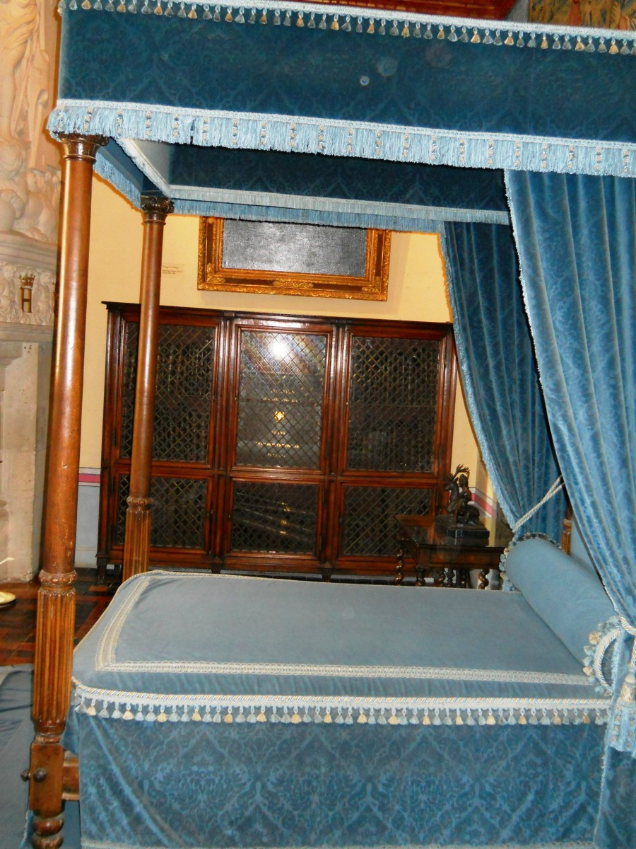 This was Diane de Poitiers' four-poster bed.  I'm sure many royal secrets were told here.