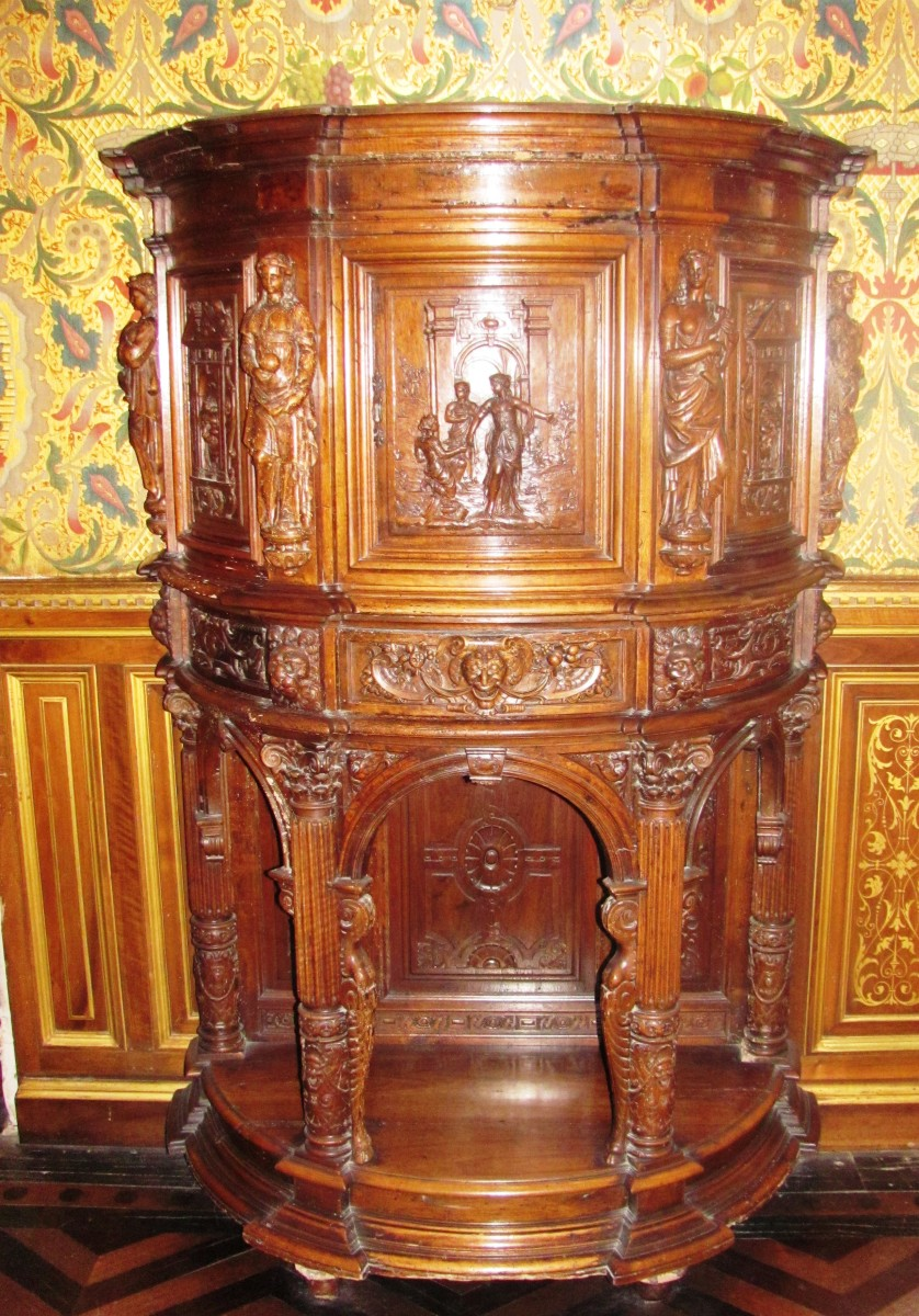 Two 16th century Italian cabinets sit in Catherine de' Medici's Green Study.  She once governed France from this room.