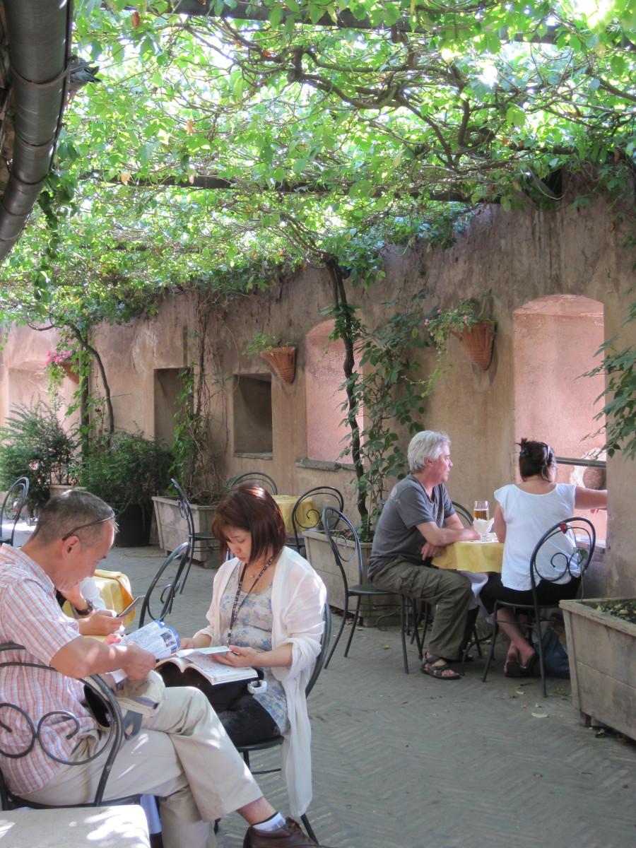 Cafe in Castel Sant'Angelo