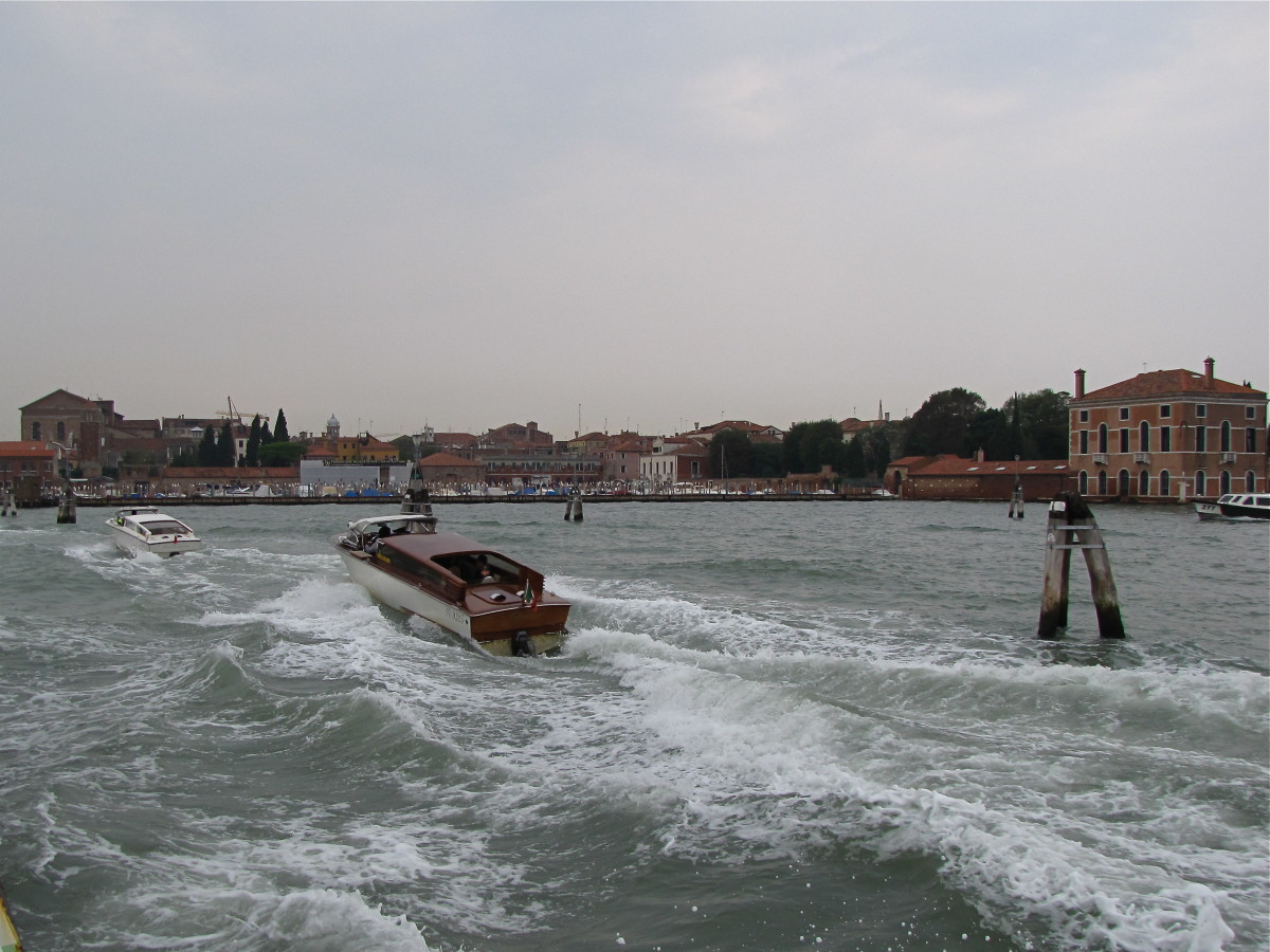Traffic on the Lagoon