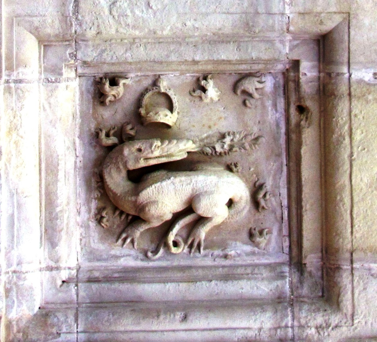 King Francis I chose the salamander as his personal symbol.  It appears over 800 times throughout Chambord.