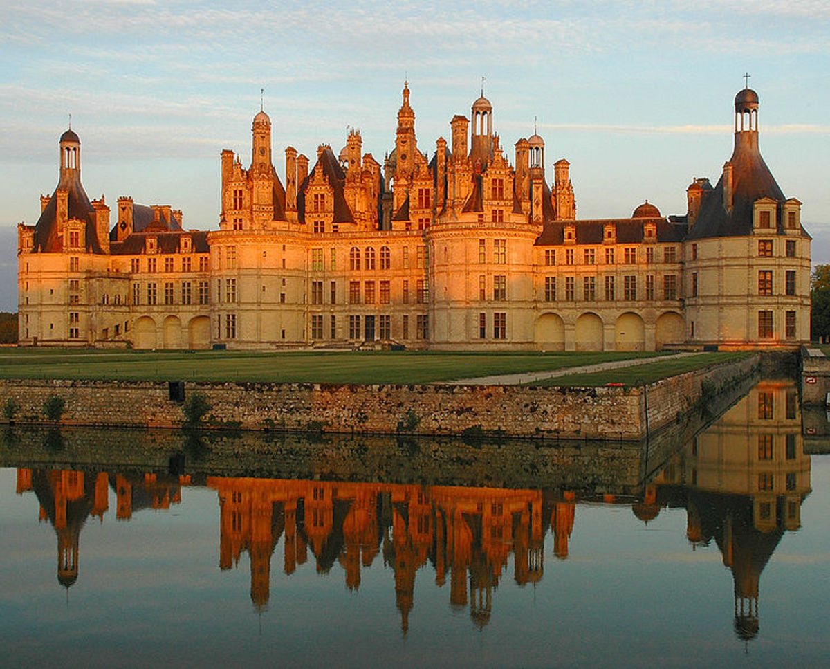 Chambord's famous roofline resembles the skyline of the Constantinople (now Istanbul)