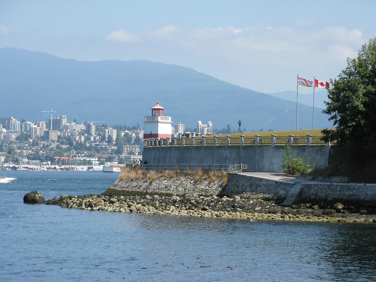 Another view of the seawall