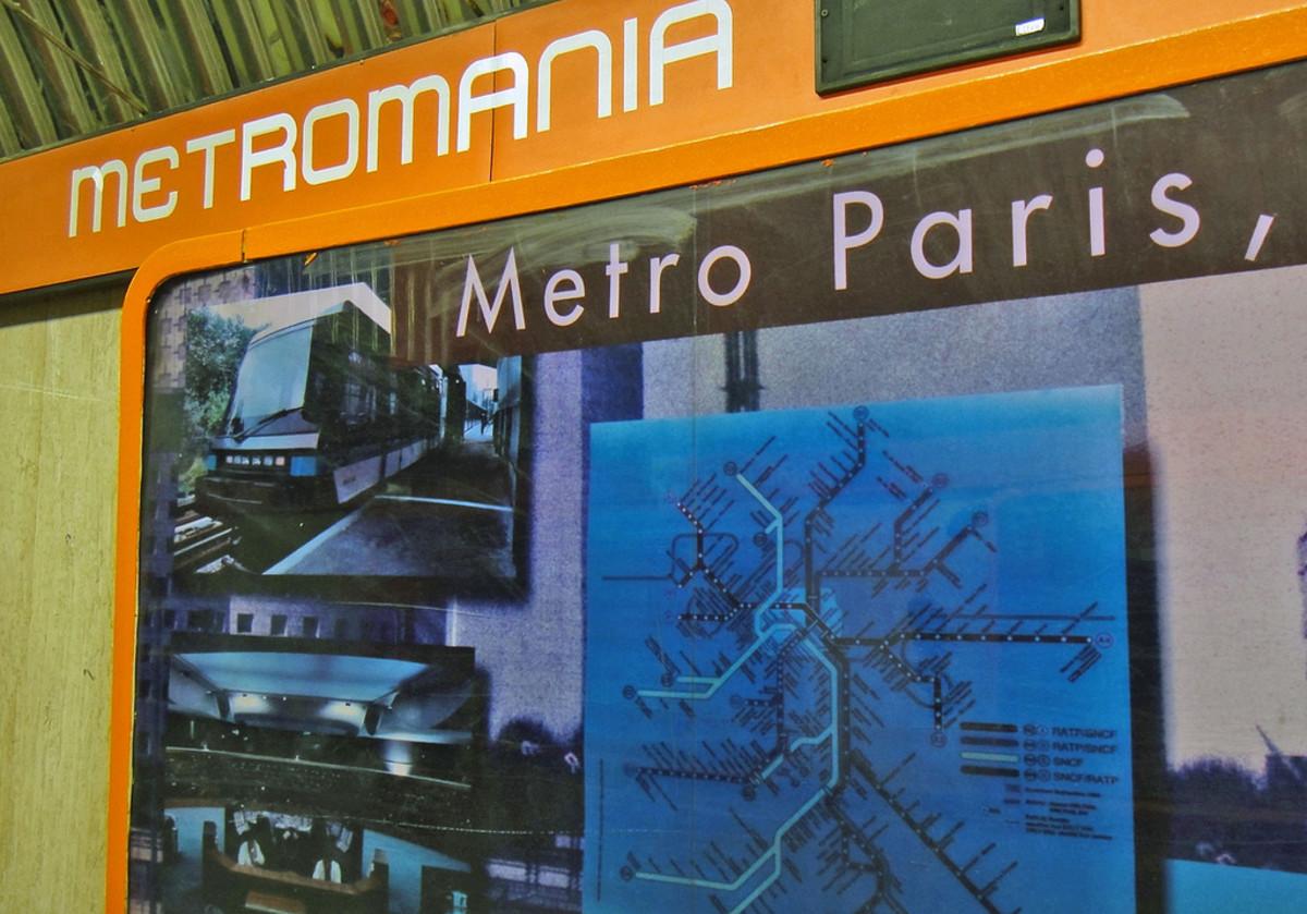 Metromanía: A Billboard to Promote Culture