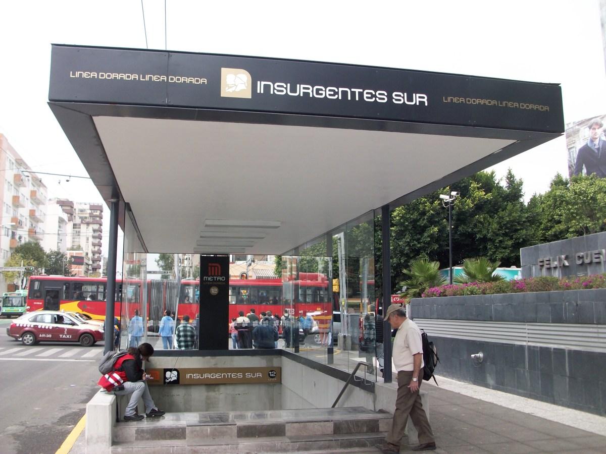 One of the entrances to Insurgentes metro station.