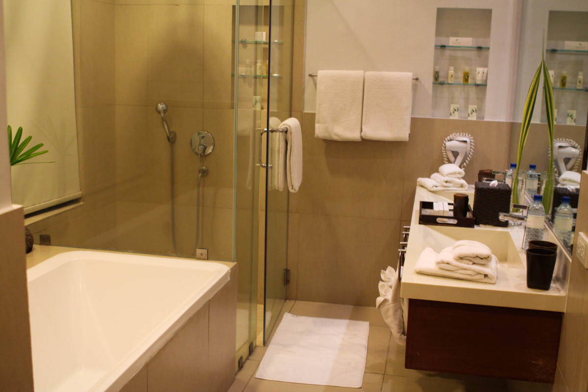 Spacious and relaxing bathroom of Misibis Bay