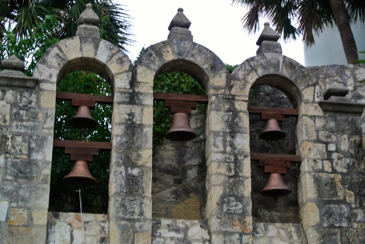 The five bells of San Antonio represent the five missions in the City