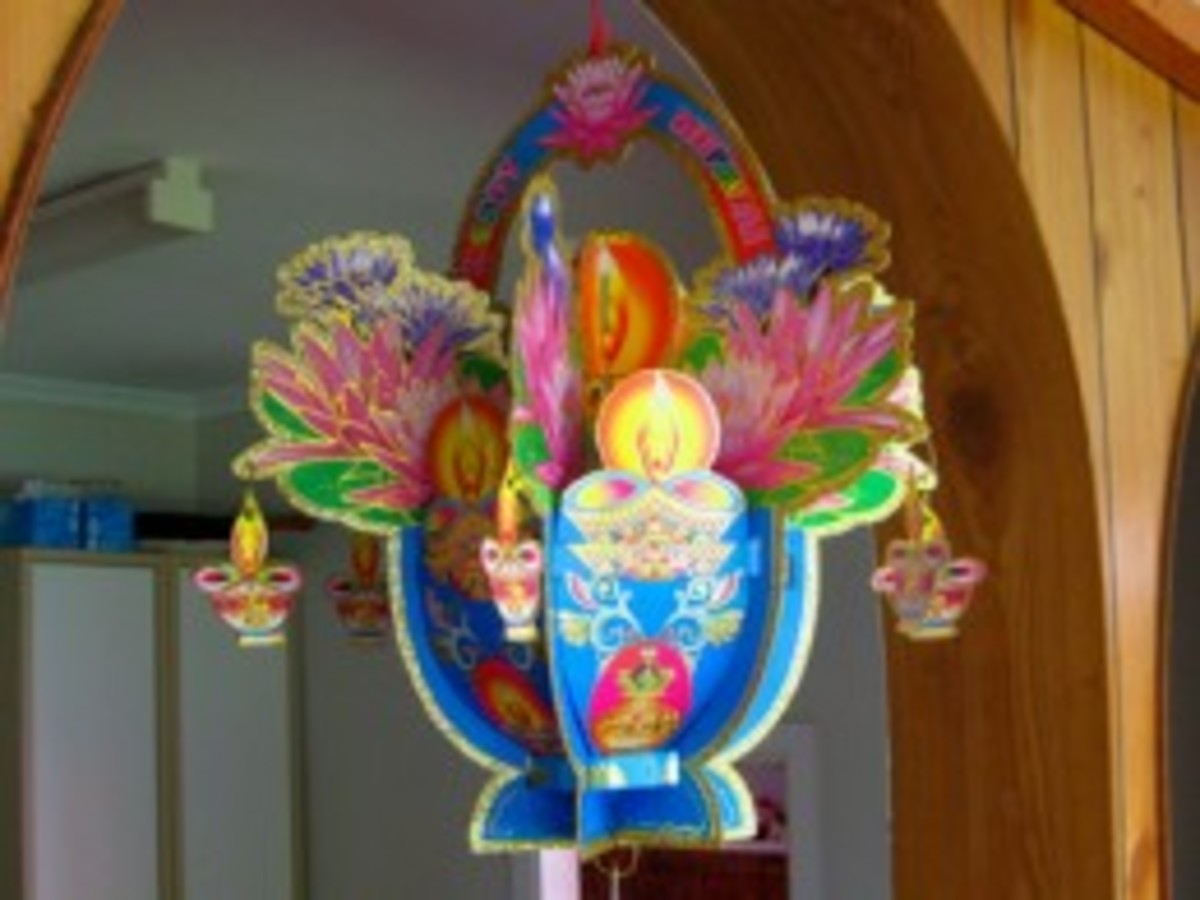If you visit KL in October you can purchase Deepavali ornaments in Indian shops, like this one pictured here.