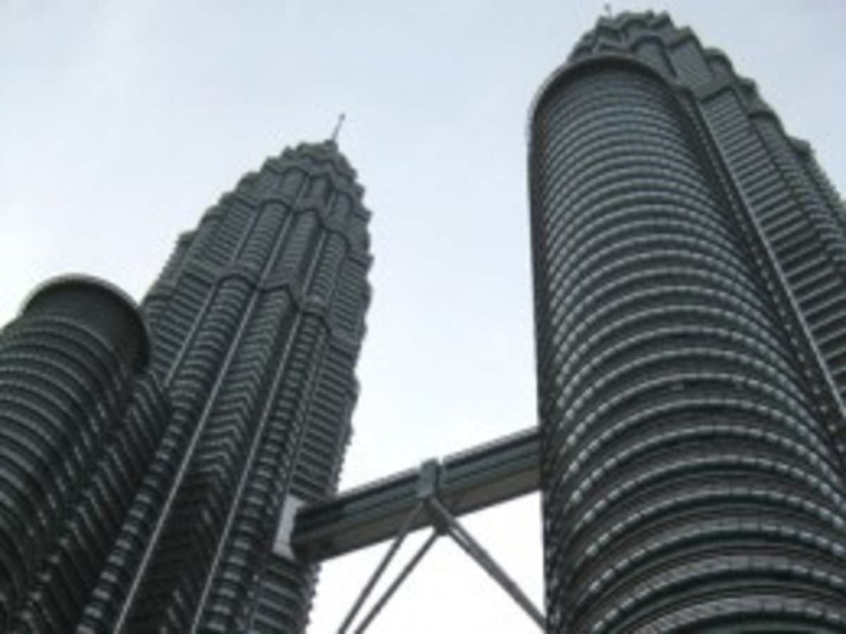 """The Petronas Twin Towers, KL - looks just like those ones in the movie """"Entrapment""""."""