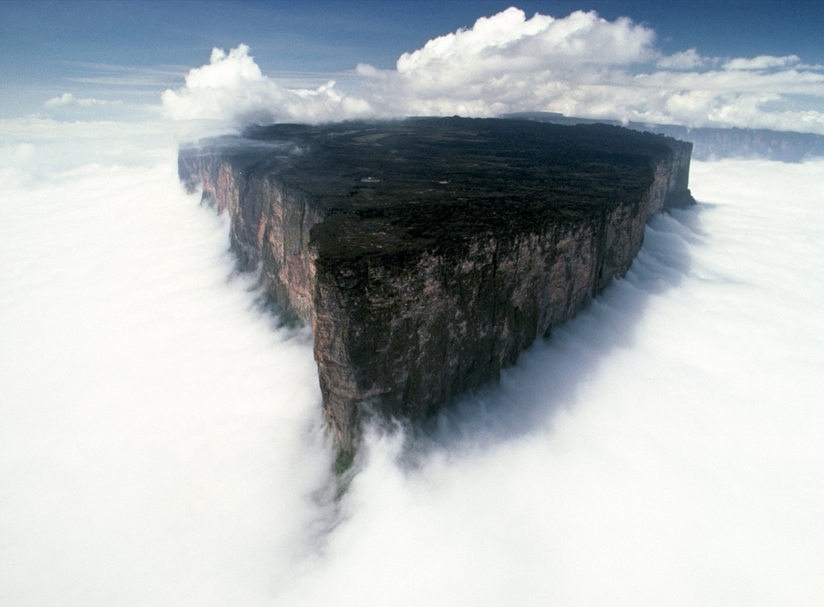 Magical clouds surrounding Mount Roraima.