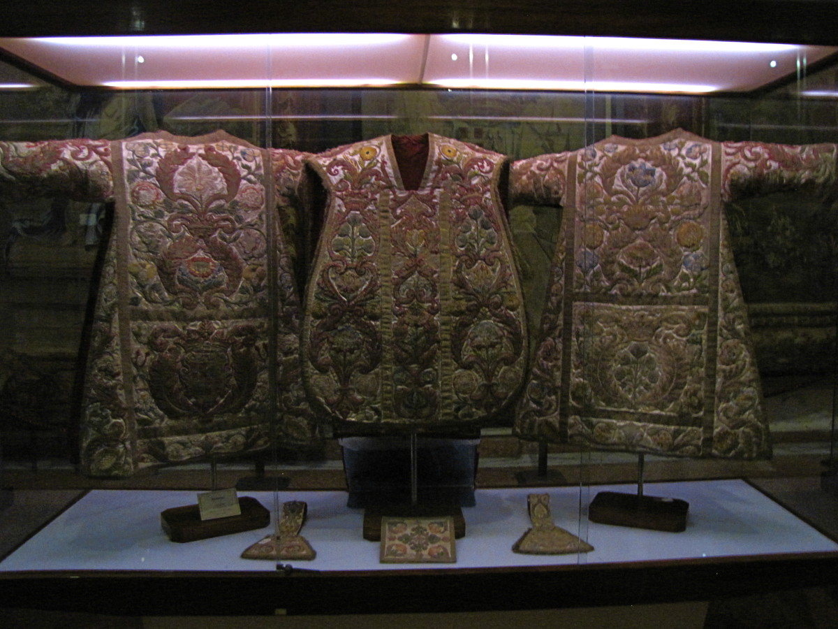 Vestments of the Grand Masters