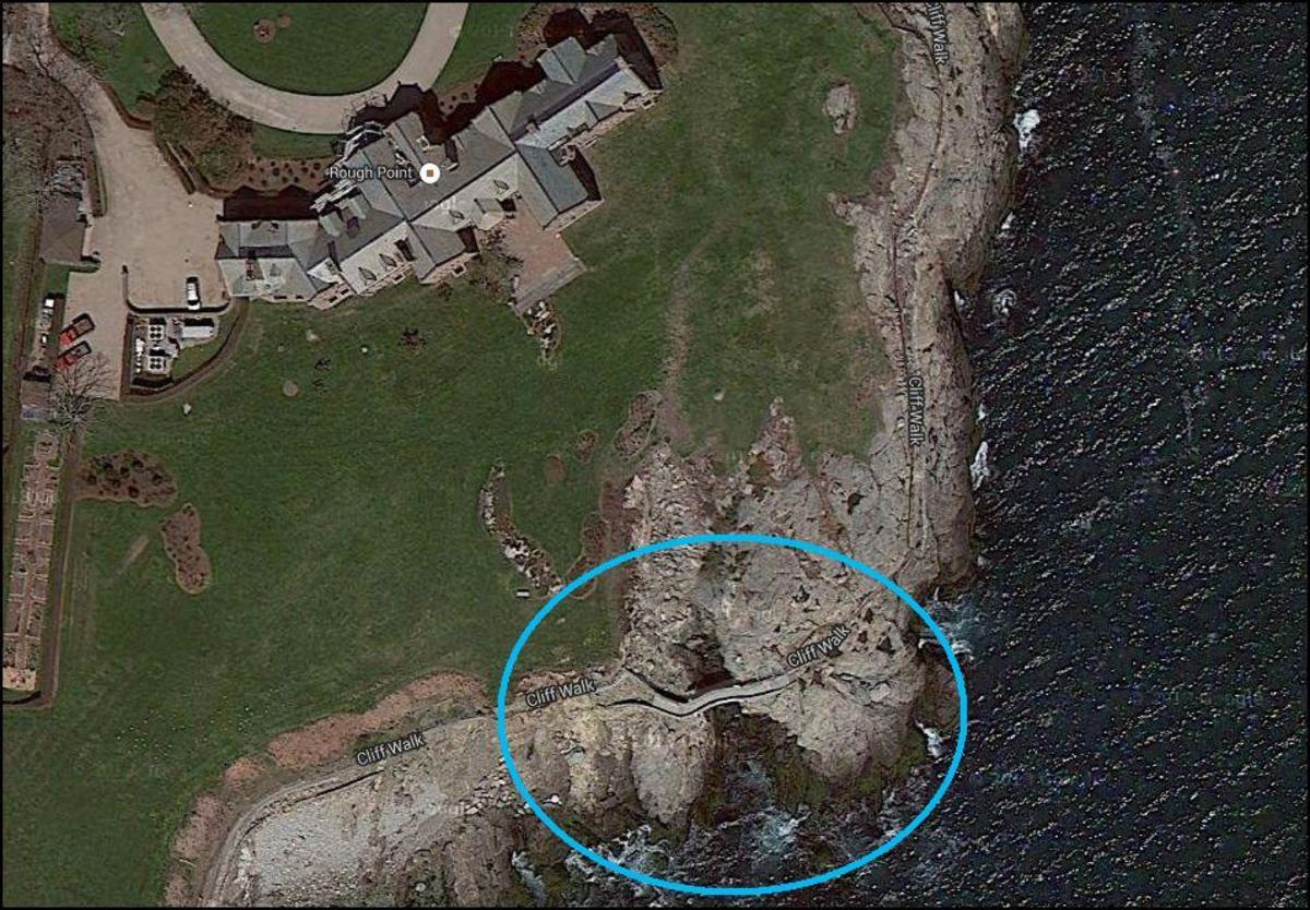 hiking-the-newport-cliff-walk-in-rhode-island-walk