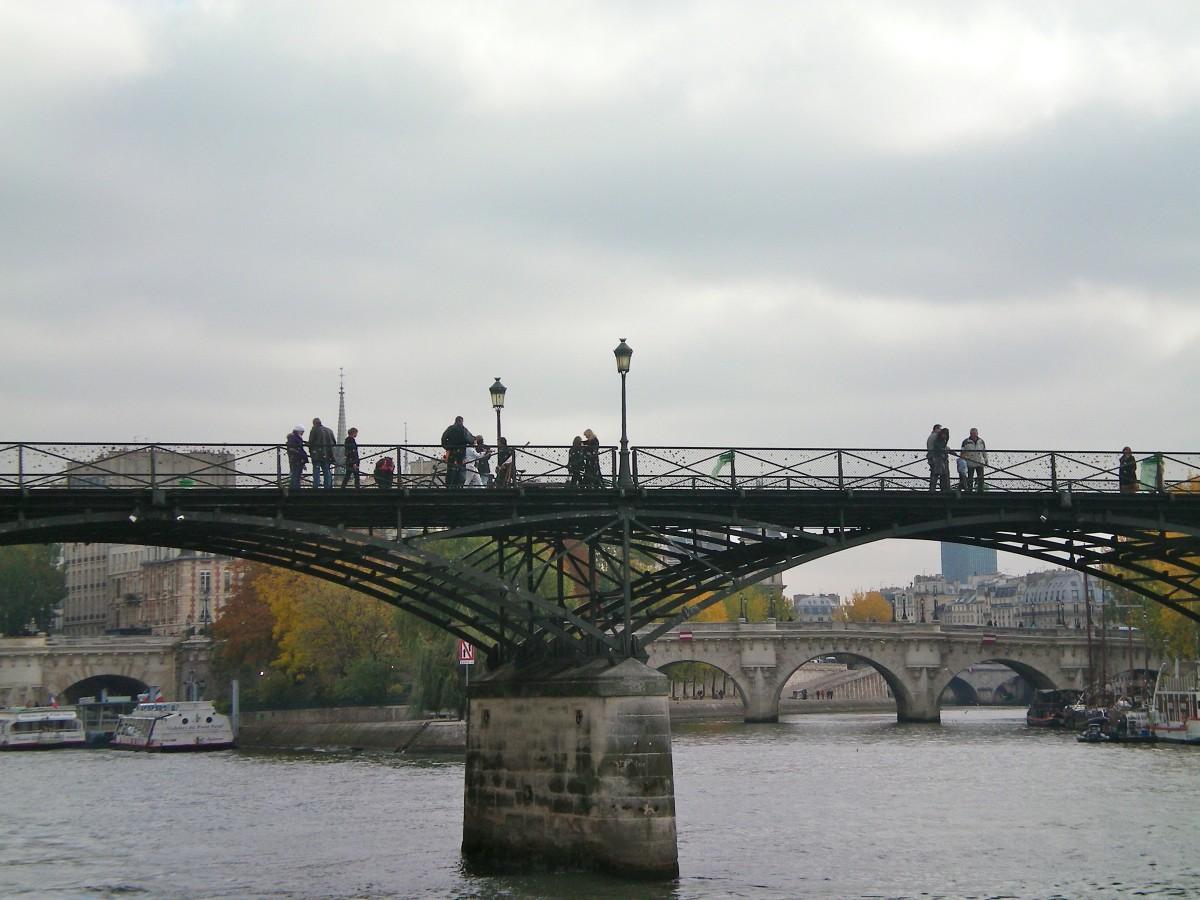 The Lovelock Bridge, Pont de l'Archevêché, Paris (c) A. Harrison