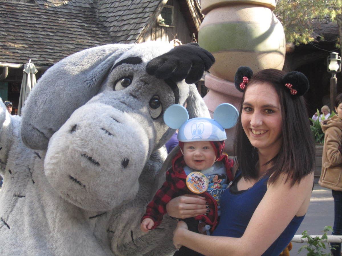 A happy face with Eyore!