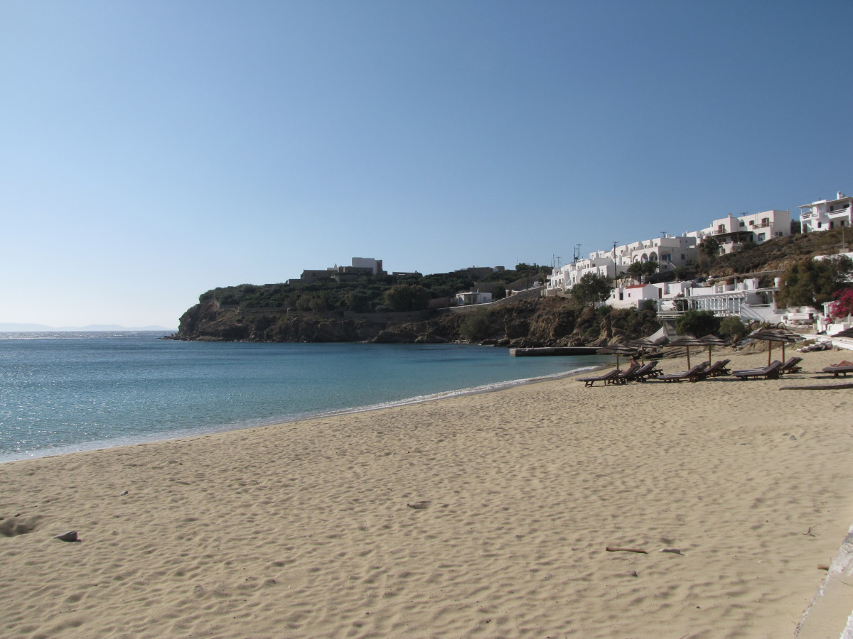 Agios Stefanos Beach - where did everyone go?
