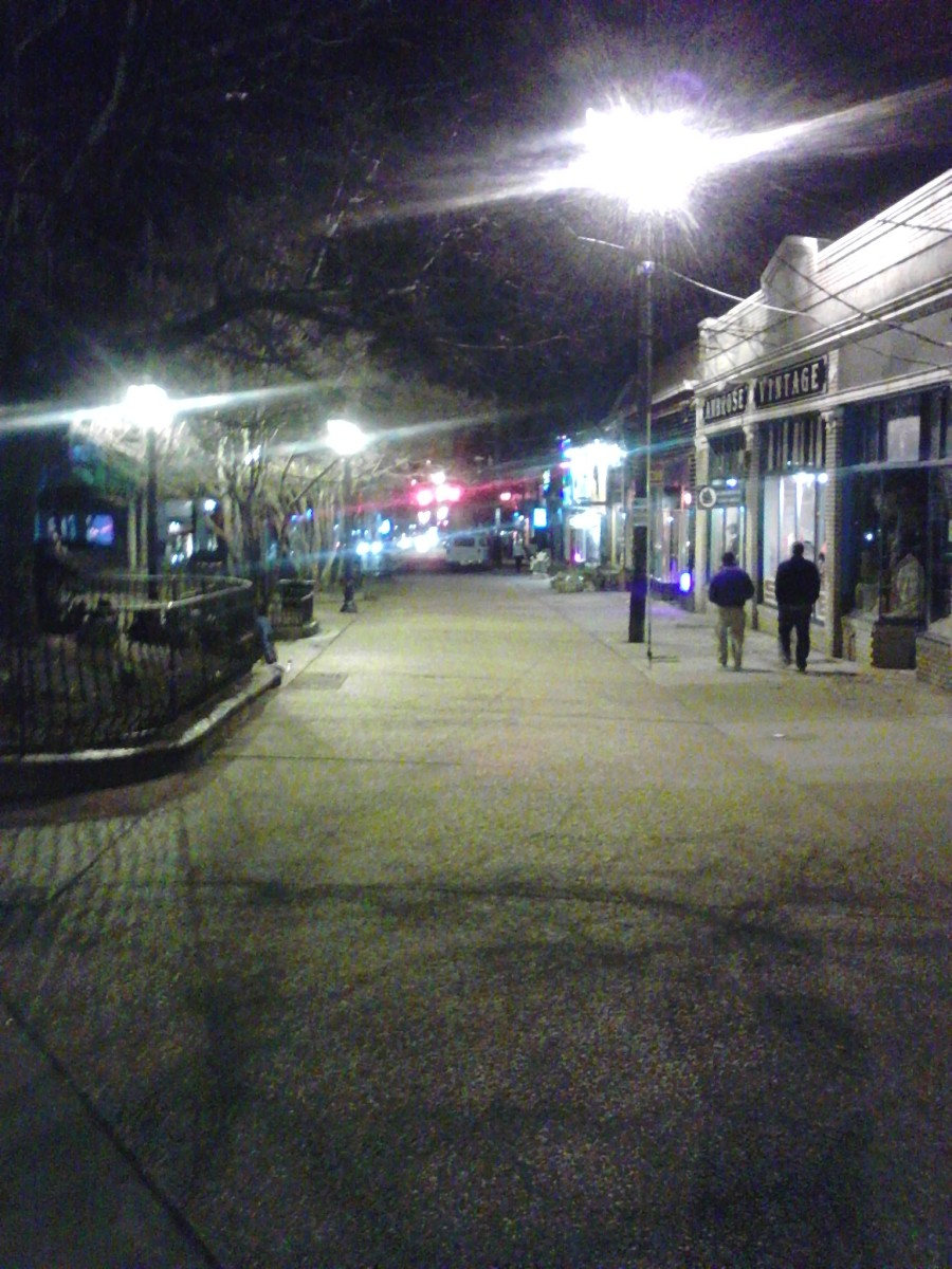 Little Five plaza, looking west.  Photo by author.