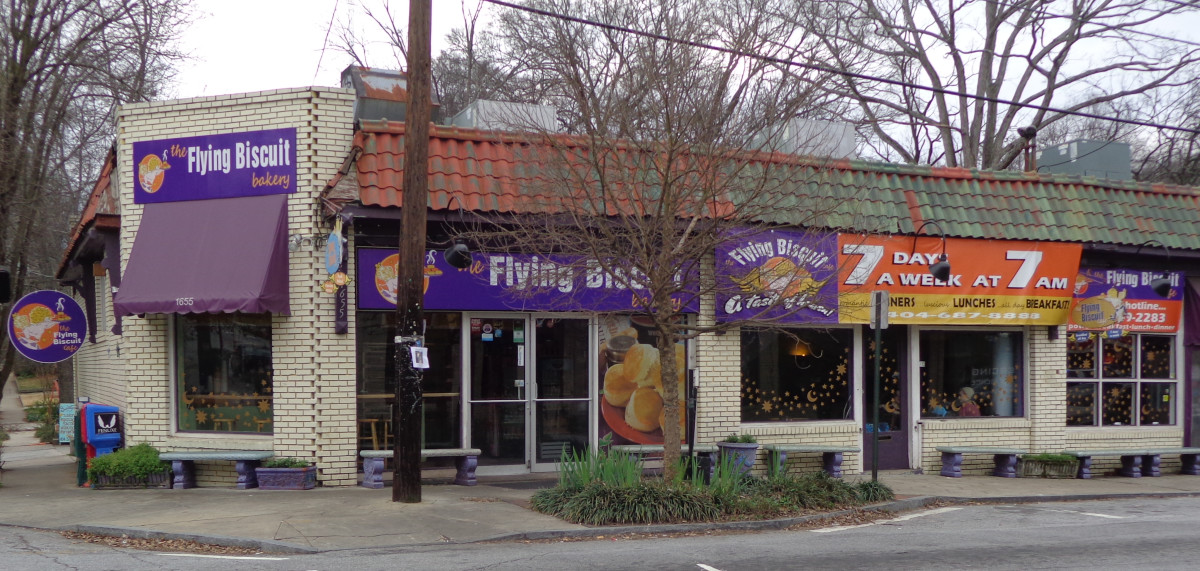 The Flying Biscuit by day, McClendon Ave and Clifton.  Photo by author.