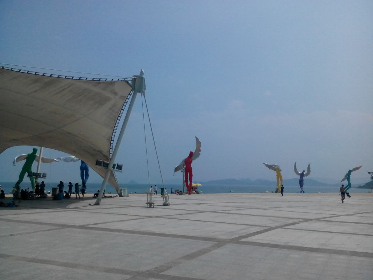 Sculptures at Dameisha Beach, Shenzhen
