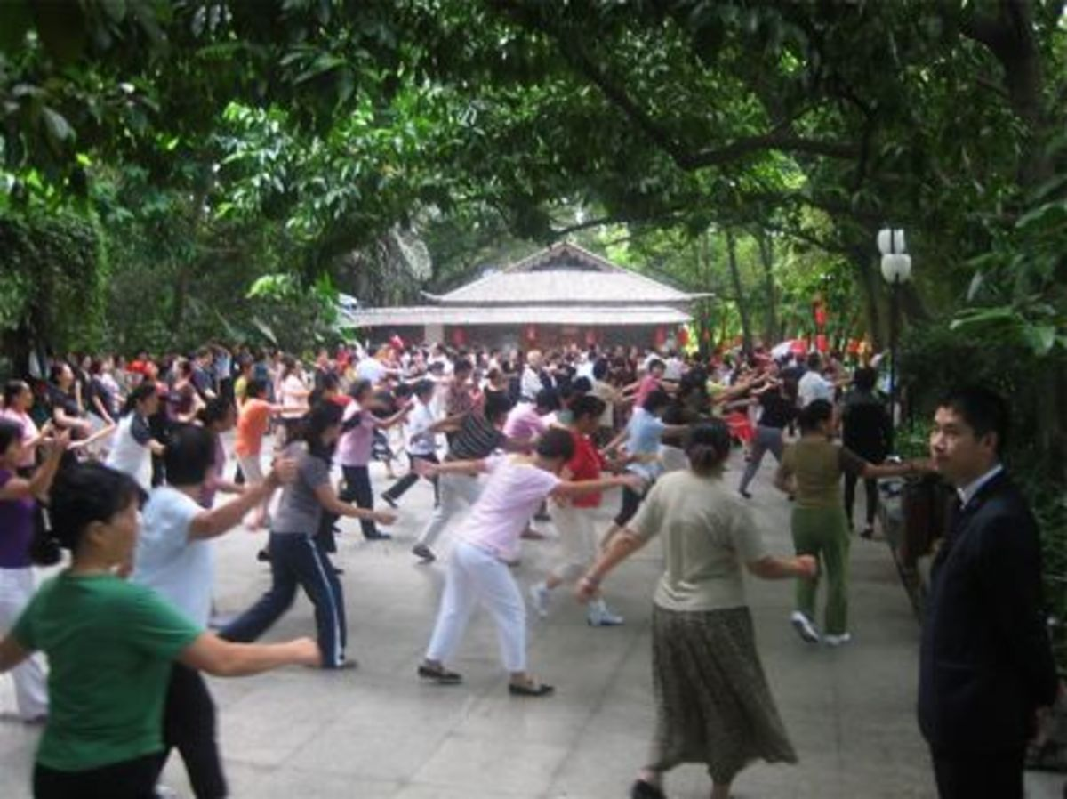 Ladies Dancing on Lianhua Mountain