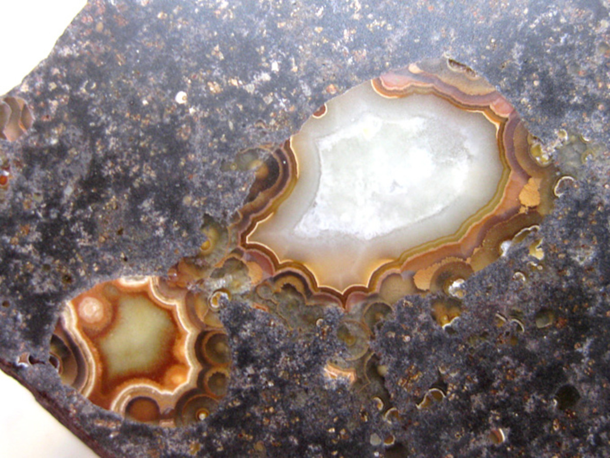 An example of how Phillip Island agates would look if they were polished.