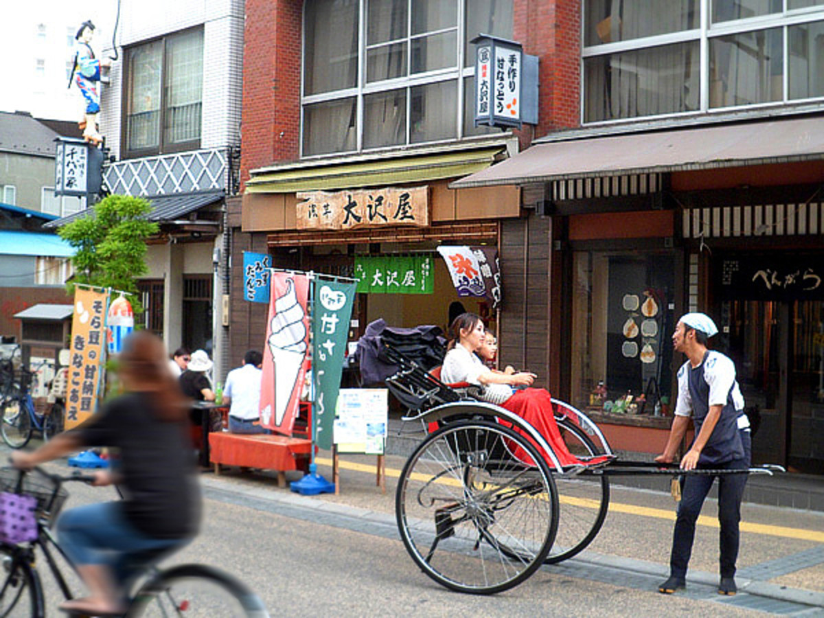 Guided tour of historic Asakusa on rickshaw